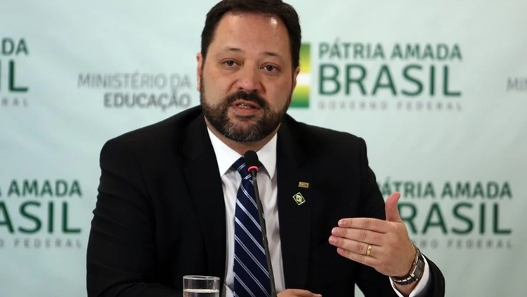 DECISÃO: Presidente do Inep, Alexandre Lopes, é exonerado do cargo