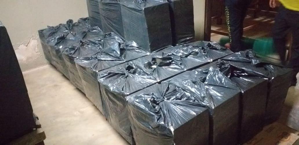 CONTRABANDO: Sargento da PM é preso pelo Denarc com quase 25 mil carteiras de cigarros